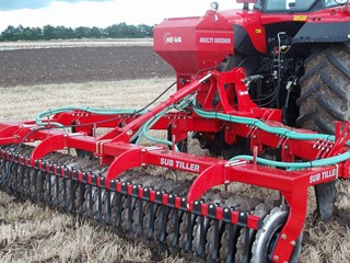 Multi-Seeder-on-subsoiler.jpg