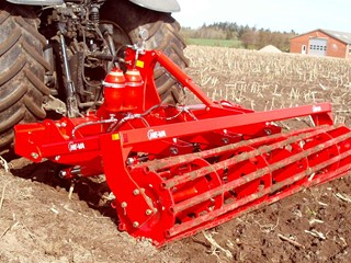 Sub-Tiller-Eco-with-square-tube-roller.jpg